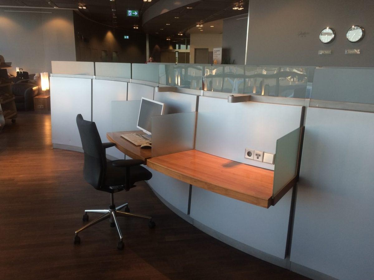 Lufthansa Senator Lounge Terminal 1 C – Workstations