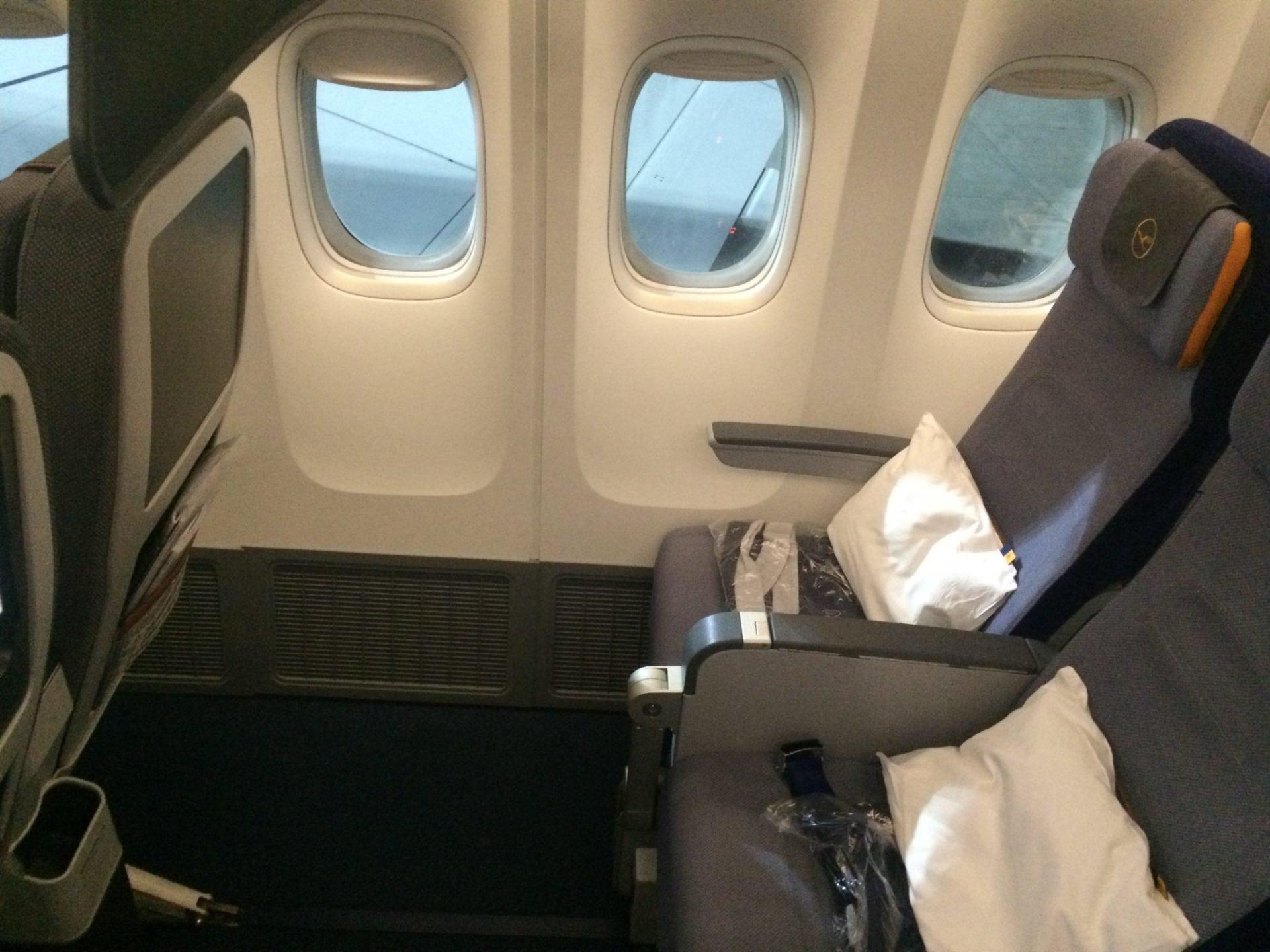 Lufthansa Economy Class