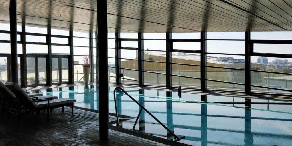 Grand Hyatt Berlin Pool