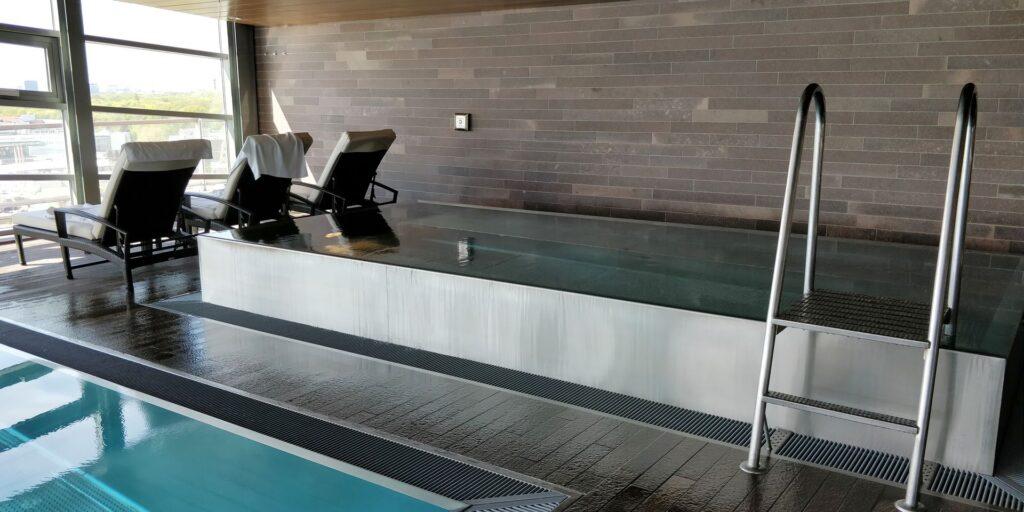 Grand Hyatt Berlin Pool 2