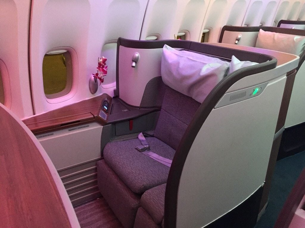 Cathay First Class 747