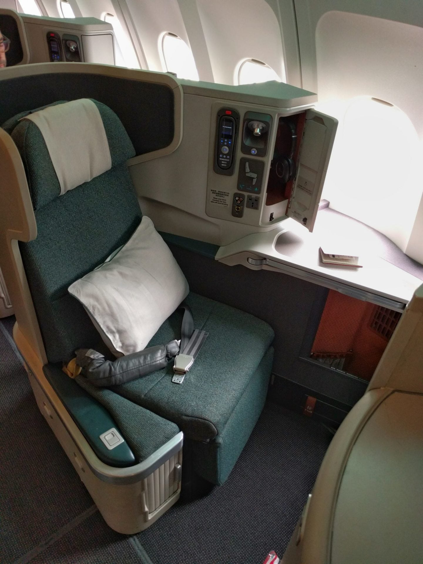 Cathay Pacific A330 Business Kabine