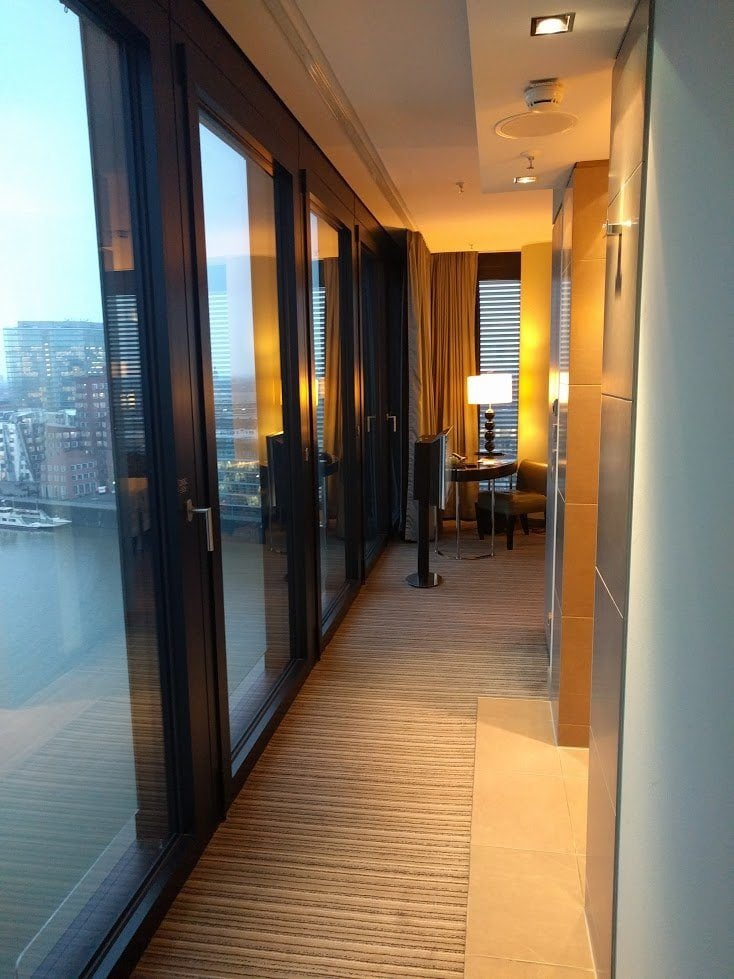 Review hyatt regency d sseldorf der reisetopia test for Stufe regency