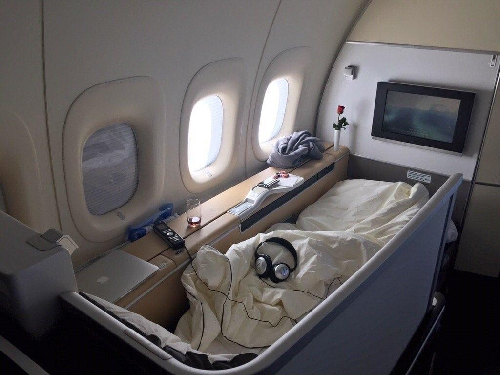 Lufthansa First Class Bett - 1