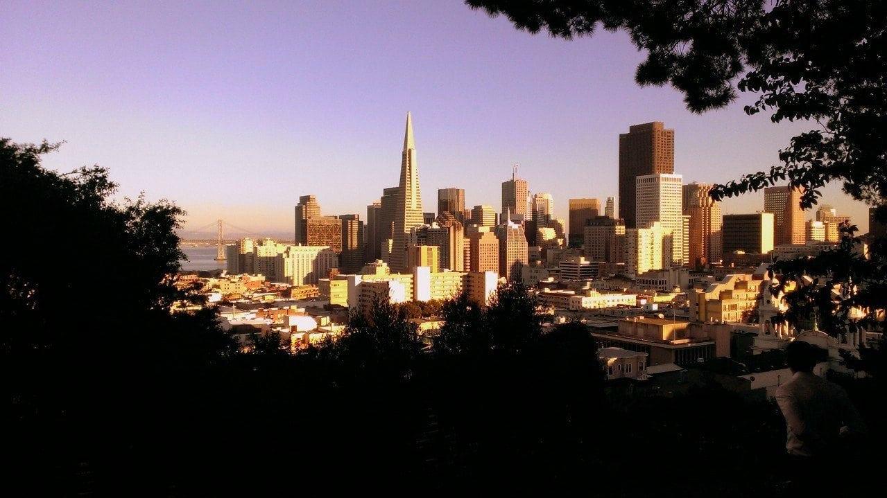 Bei einer Rundreise könnt Ihr unter anderem auch San Francisco entdecken
