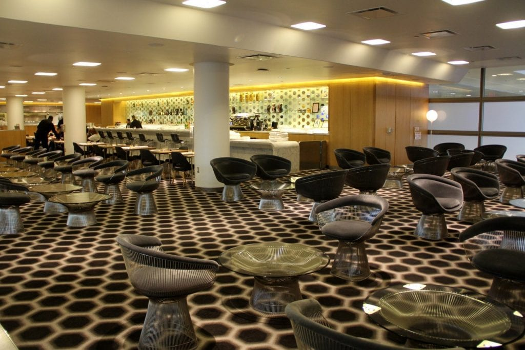 Qantas First Class Lounge Los Angeles