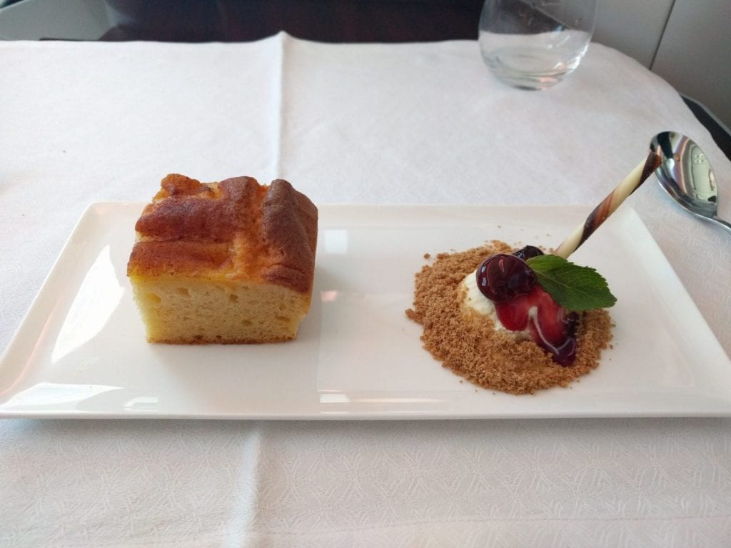 Qatar Airways Business Class Dessert