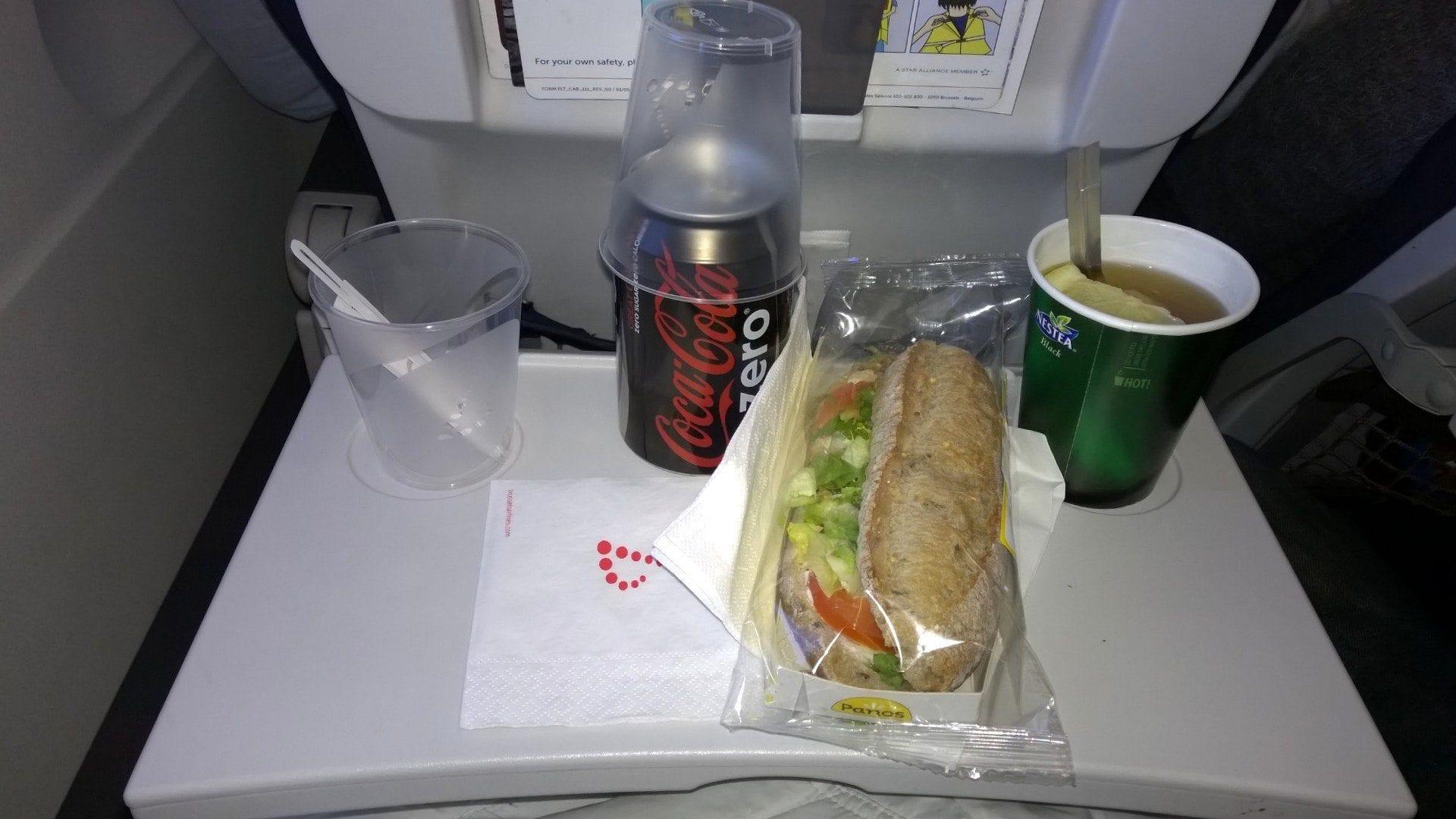 Die Verpflegung ist bei Brussels Airlines bereits kostenpflichtig
