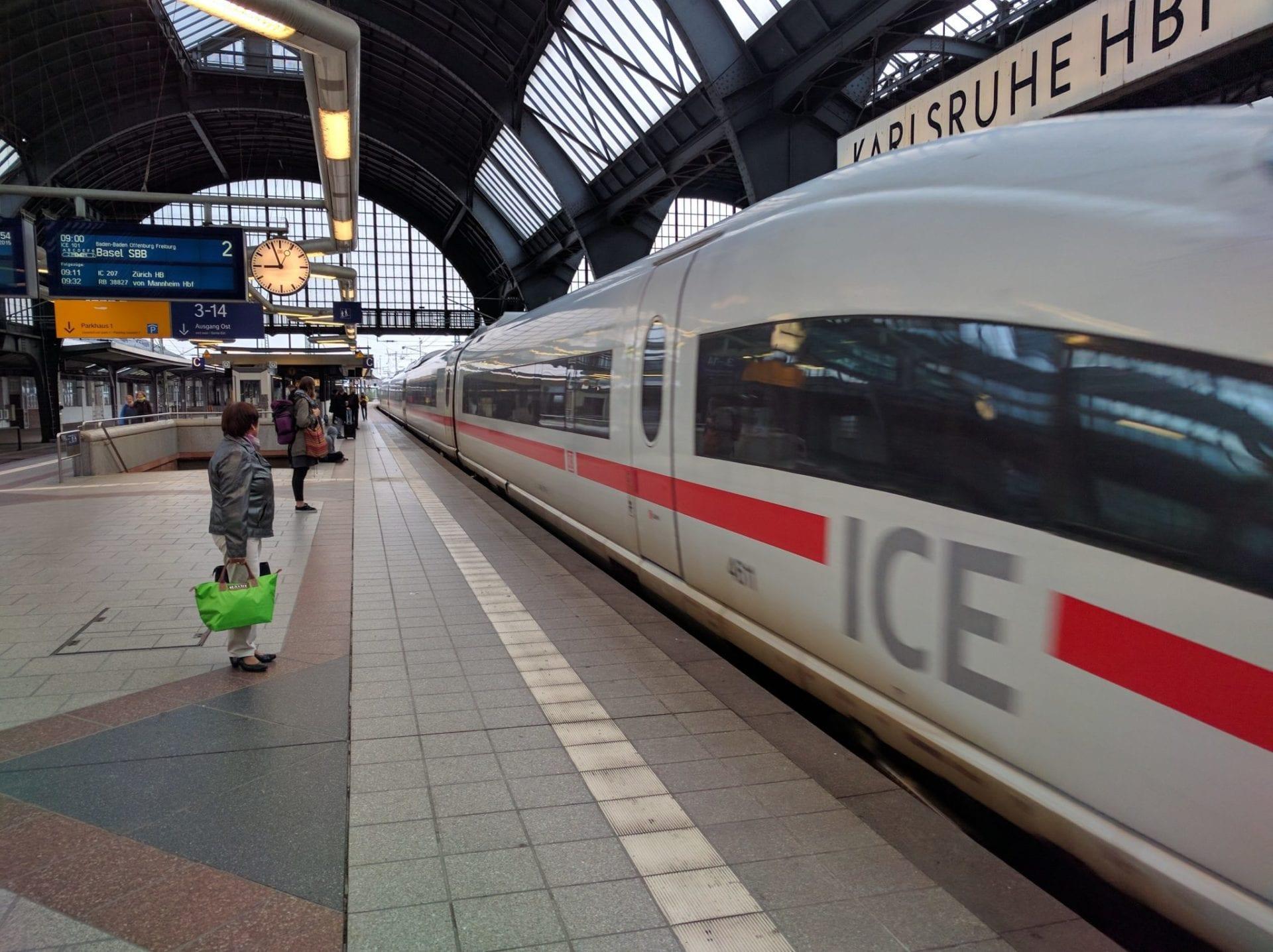 Kostenlose Umbuchungen auf die Deutsche Bahn werden angeboten