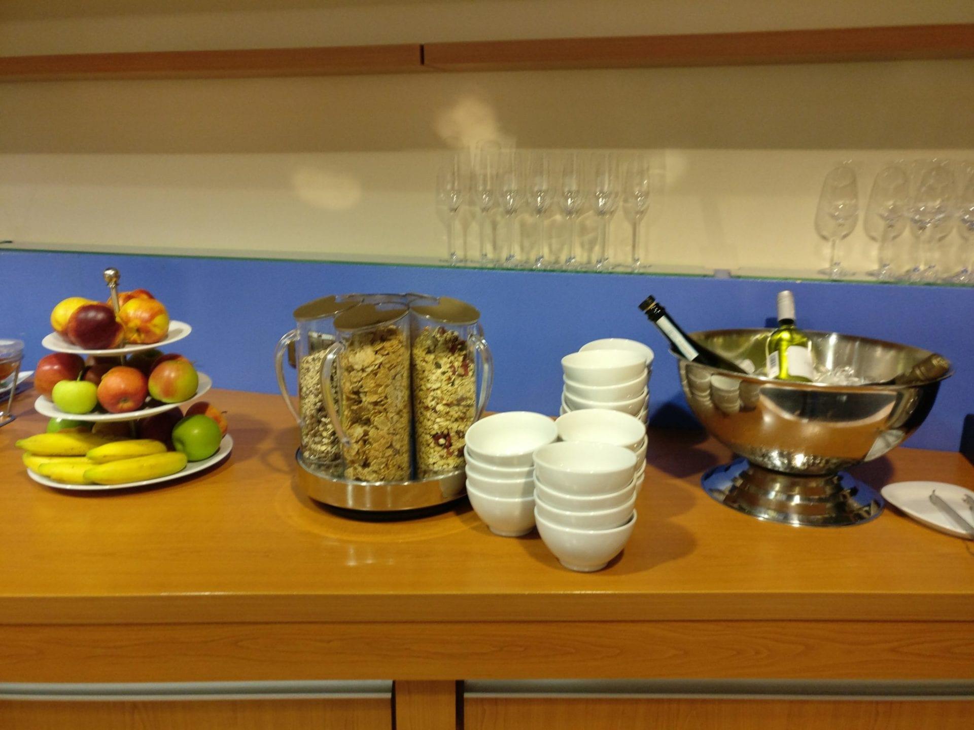 airberlin-lounge-duesseldorf-buffet-3