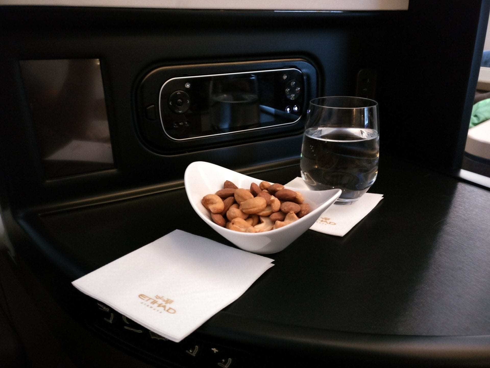 etihad-airways-business-class-nuts