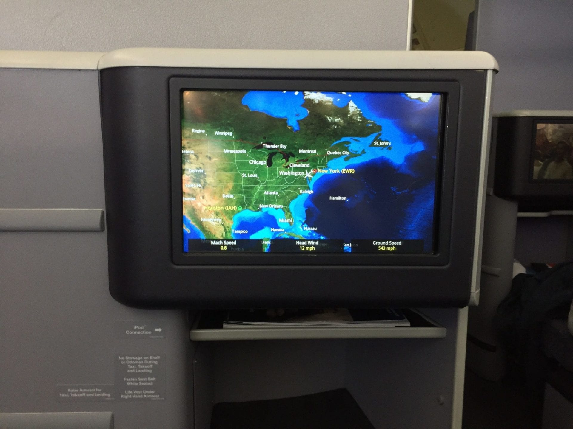 United Airlines Boeing 767 Entertainment