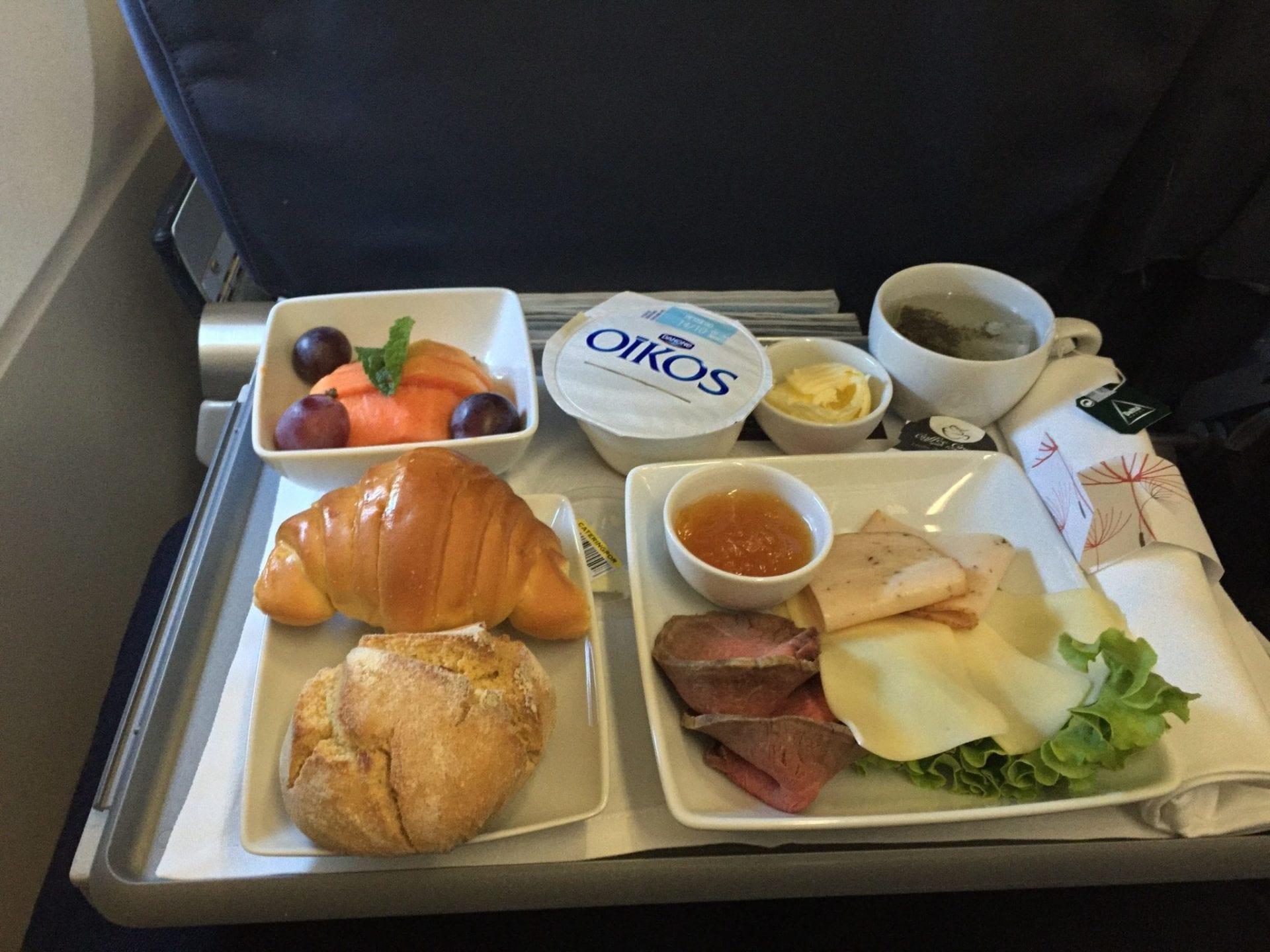 TAP Portugal A320 Business Class Frühstück