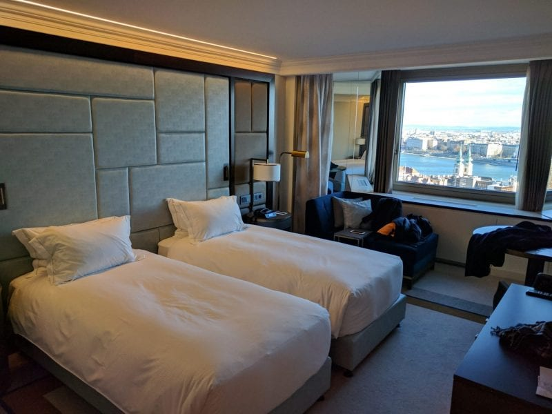 hilton budapest twin executive danube view room