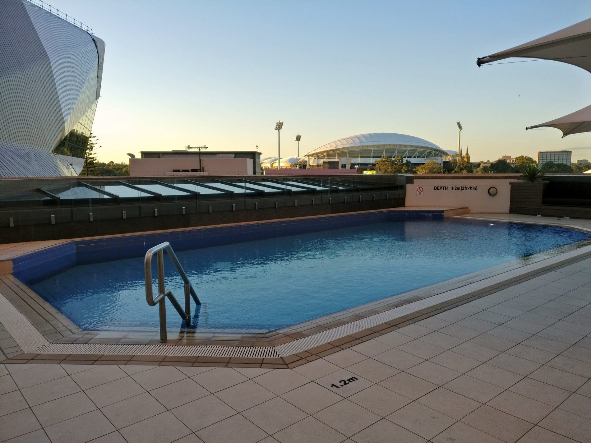 intercontinental-adelaide-pool