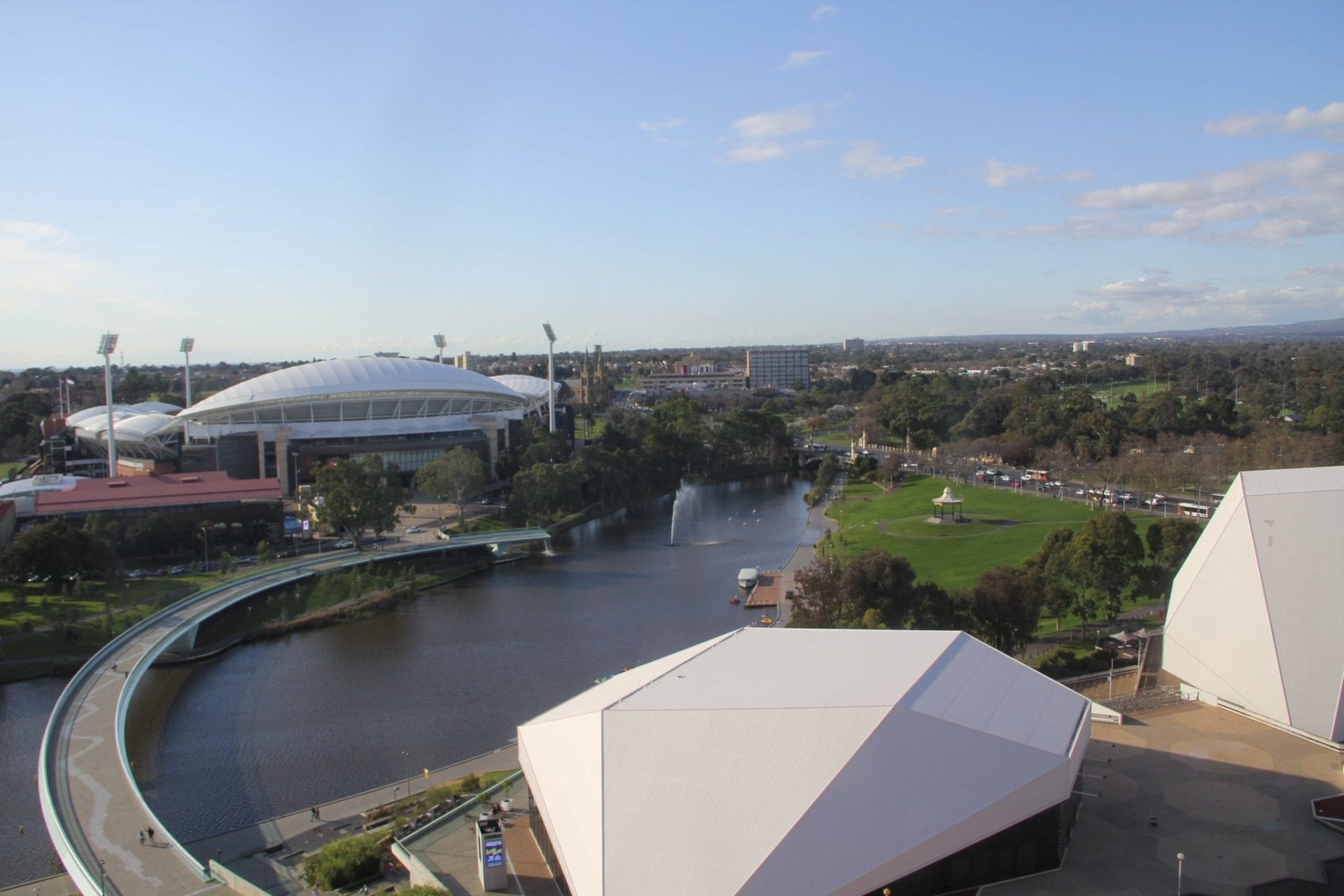 intercontinental-adelaide-riverside-room-view
