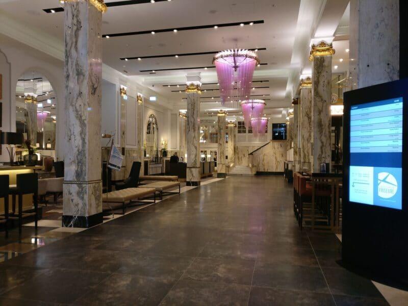 Reichshof Hamburg Lobby 3