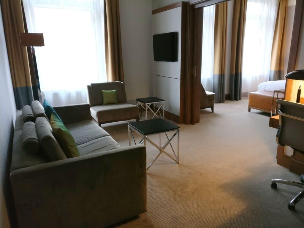 Reichshof Hamburg One Bedroom Suite 2
