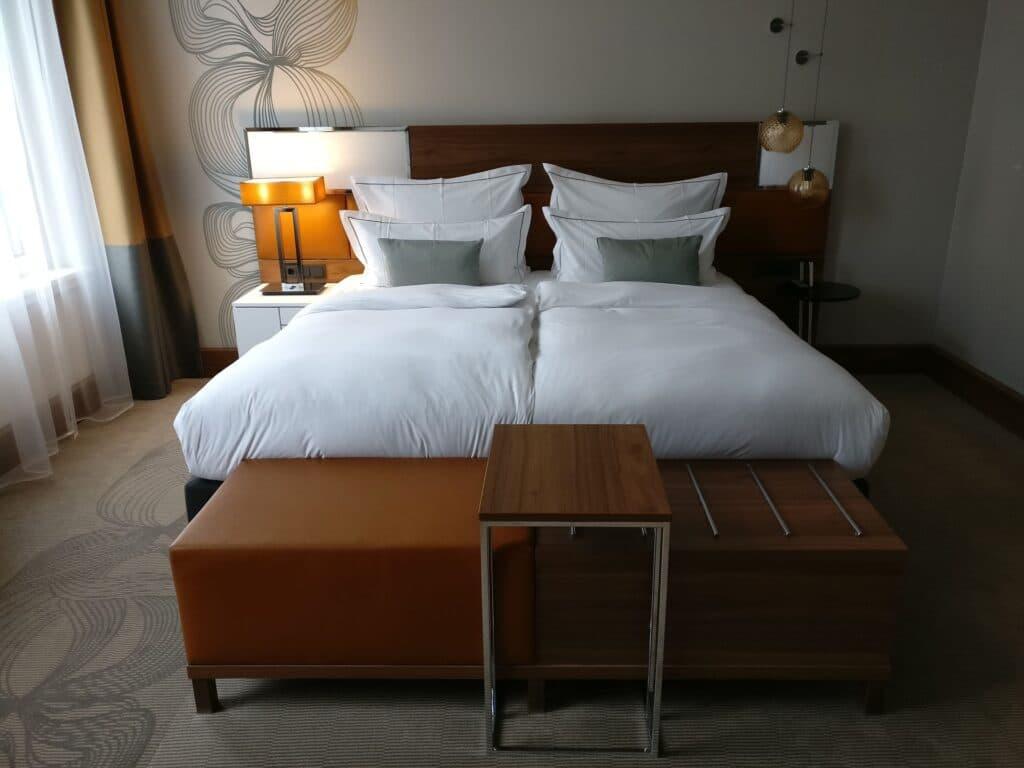 Reichshof Hamburg One Bedroom Suite 5