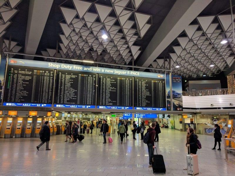 FRA_Abflug_Airport_Departures