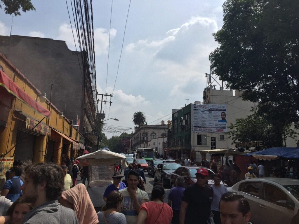 mexiko city impressionen strasse