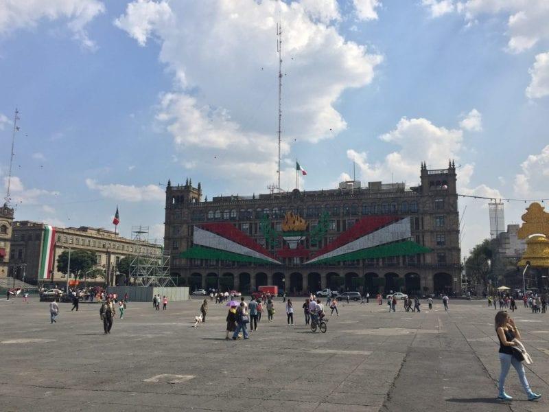 mexiko city platz praesidentenpalast