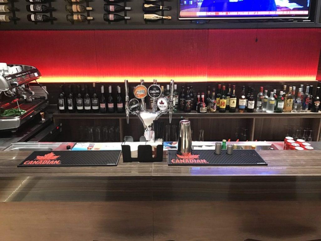 Air Canada Maple Leaf Lounge London Heathrow Bar 2