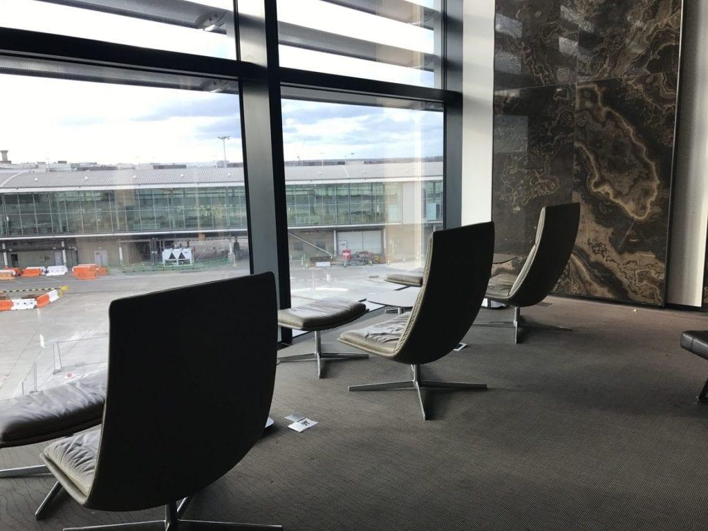 Air Canada Maple Leaf Lounge London Heathrow Sitzmöglichkeiten 3