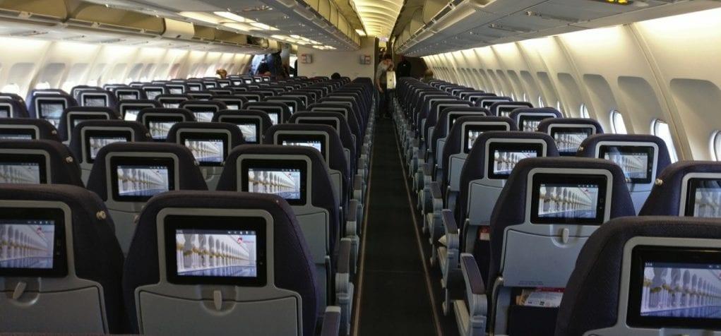 airberlin economy a330 kabine3