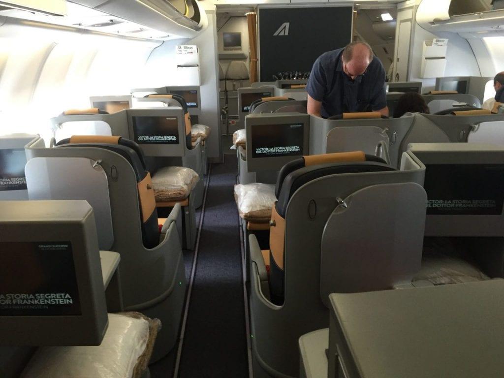 Alitalia Business Class Sitz Kabine A330 MilleMiglia Meilen einlösen