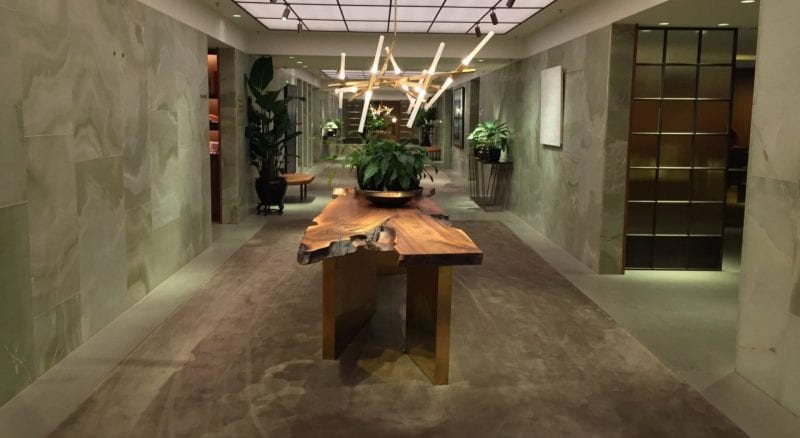 cathay pacific the pier first class lounge hong kong flur