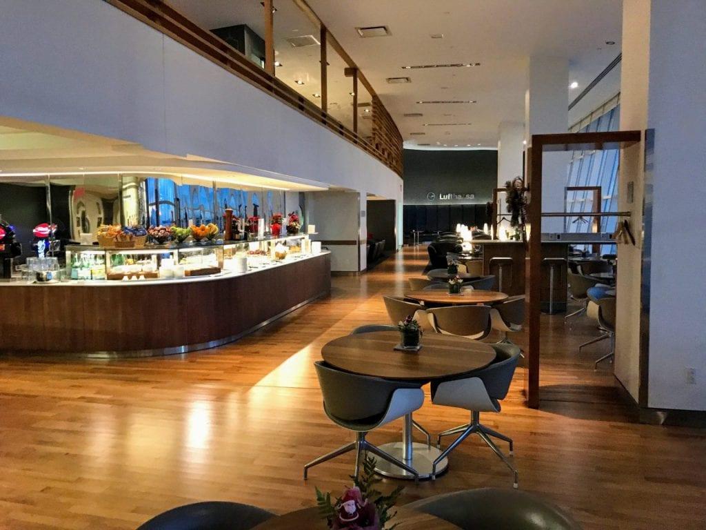 Lufthansa Senator Lounge JFK Sitzmoeglichkeiten