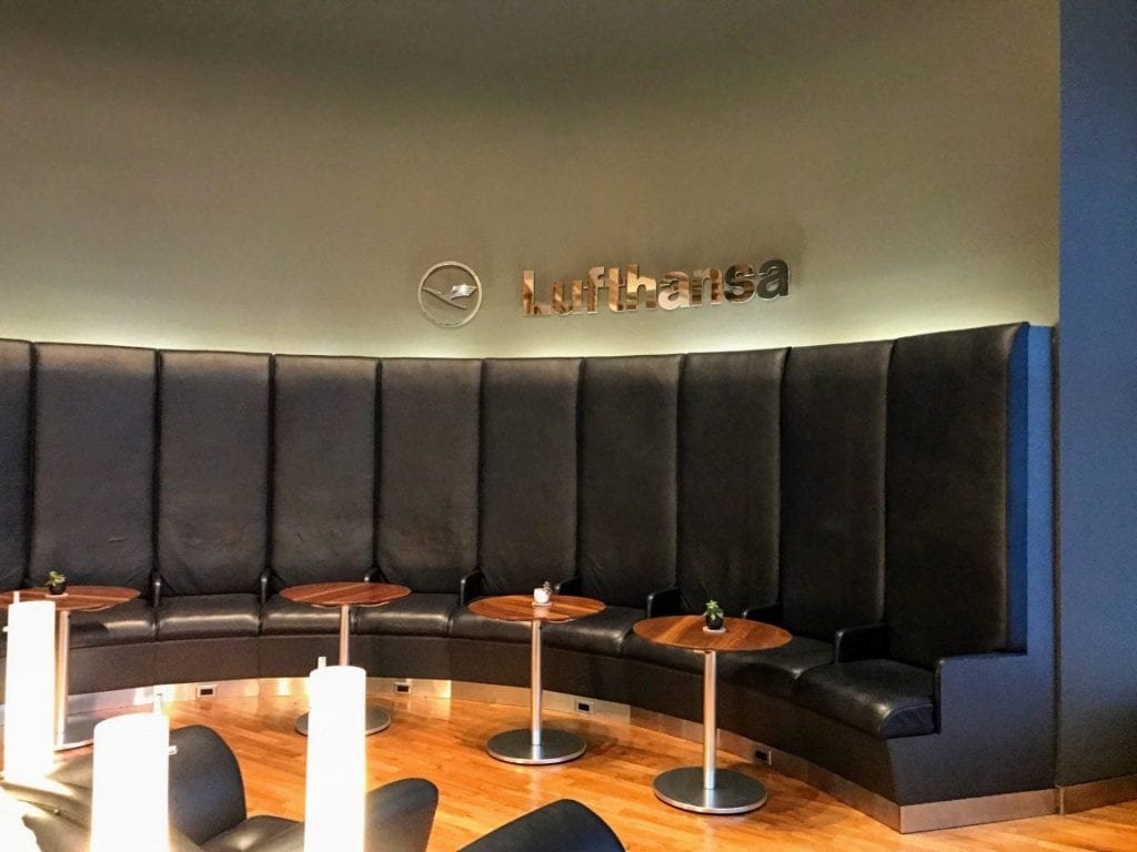Lufthansa Senator Lounge JFK Sitzmoeglichkeiten 2