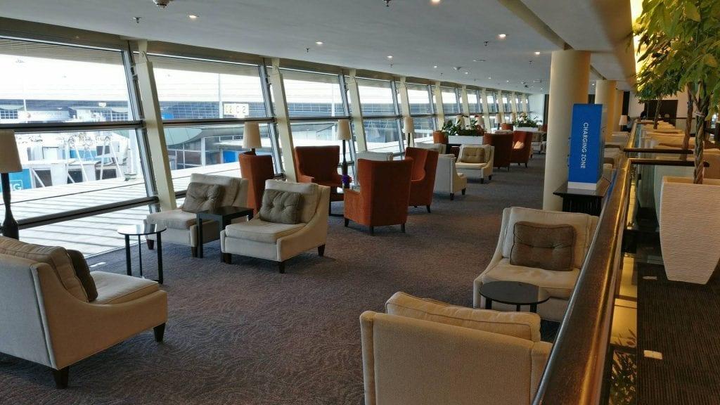 malaysia-airlines-golden-lounge-kuala-lumpur-sitzgelegenheiten