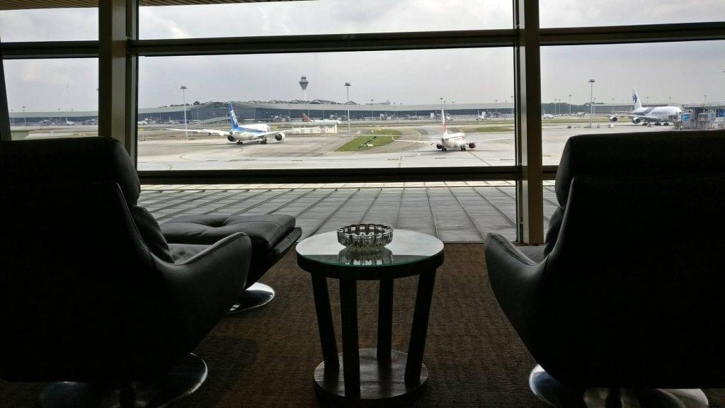 malaysia-airlines-golden-lounge-kuala-lumpur-aussicht