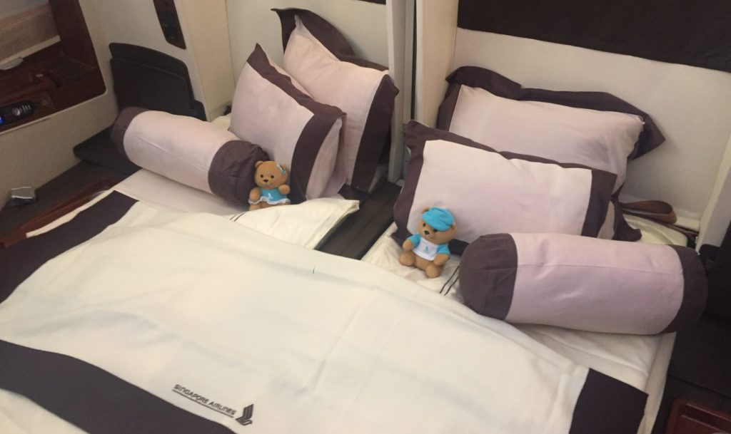 singapore airlines a380 suites class doppelbett