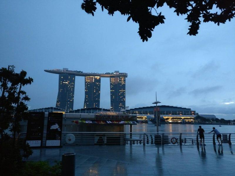 singapur sonnenaufgang marina bay sands