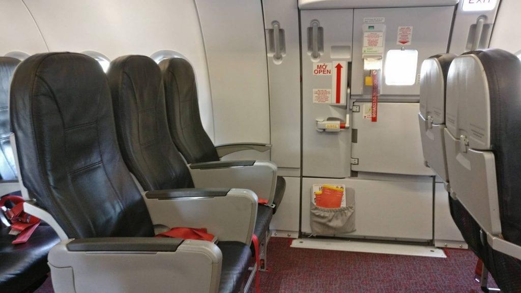 vietjet economy class sitze exit row