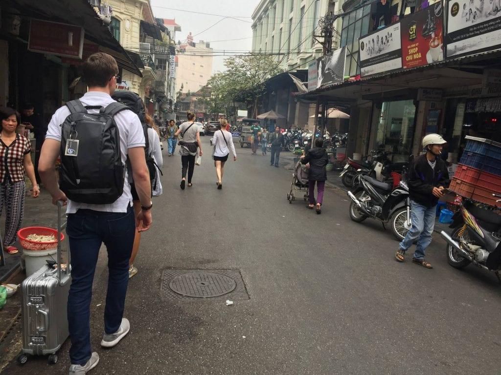 vietnam auschecken hostel strasse