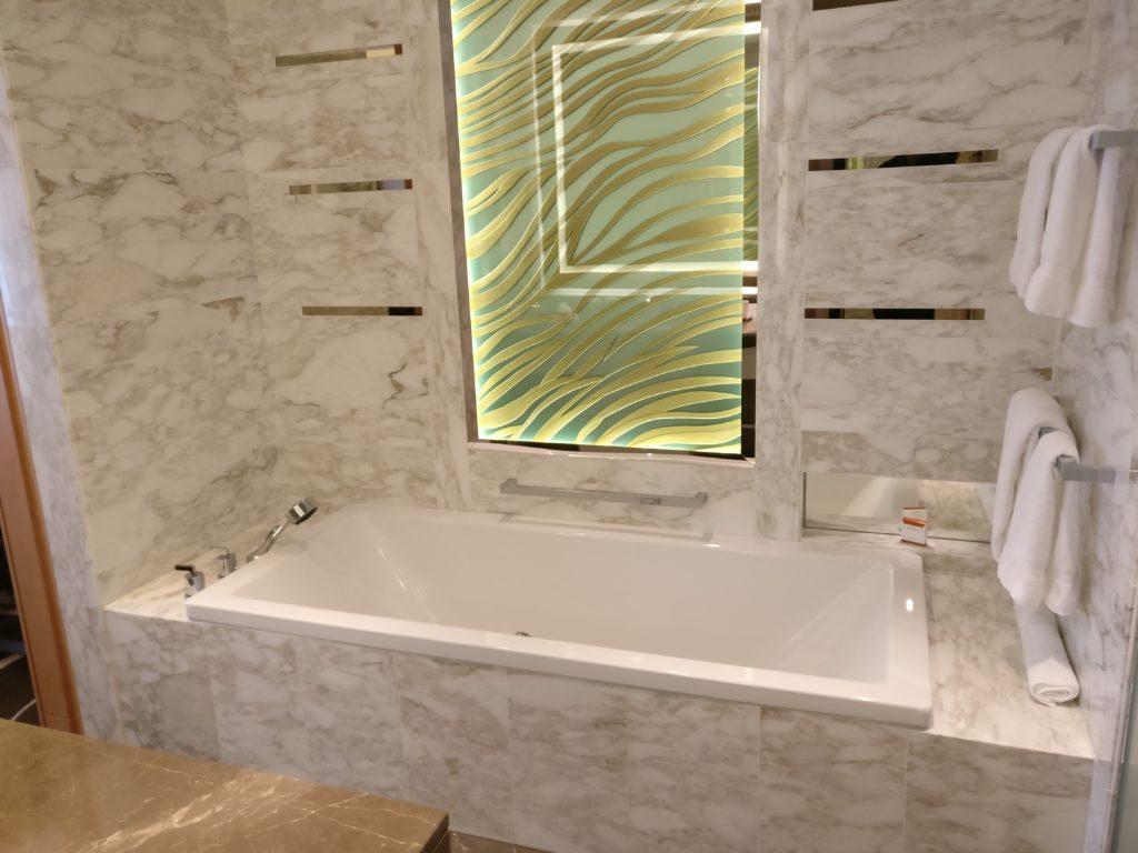 waldorf-astoria-berlin-badezimmer-2