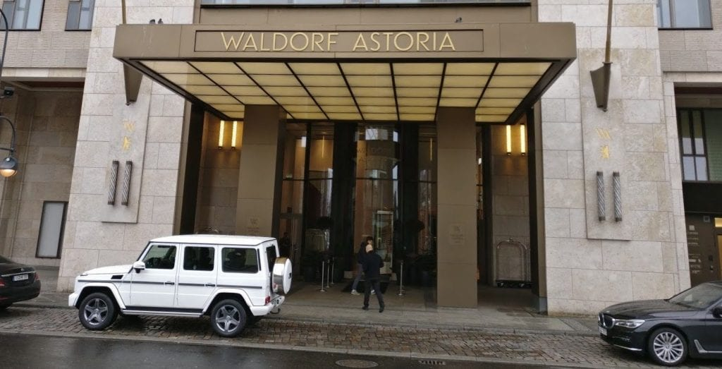 waldorf-astoria-berlin-eingang