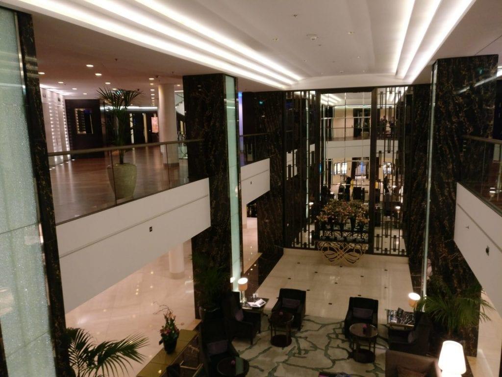 waldorf-astoria-berlin-lobby