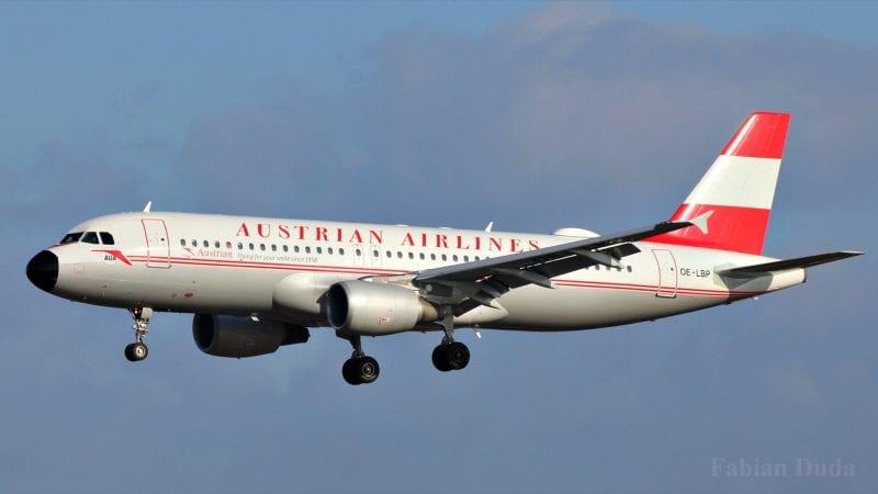 austrian airlines airbus a320 landeanflug