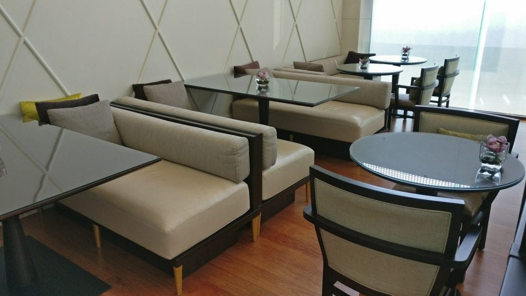 hilton-kuala-lumpur-executive-lounge-6
