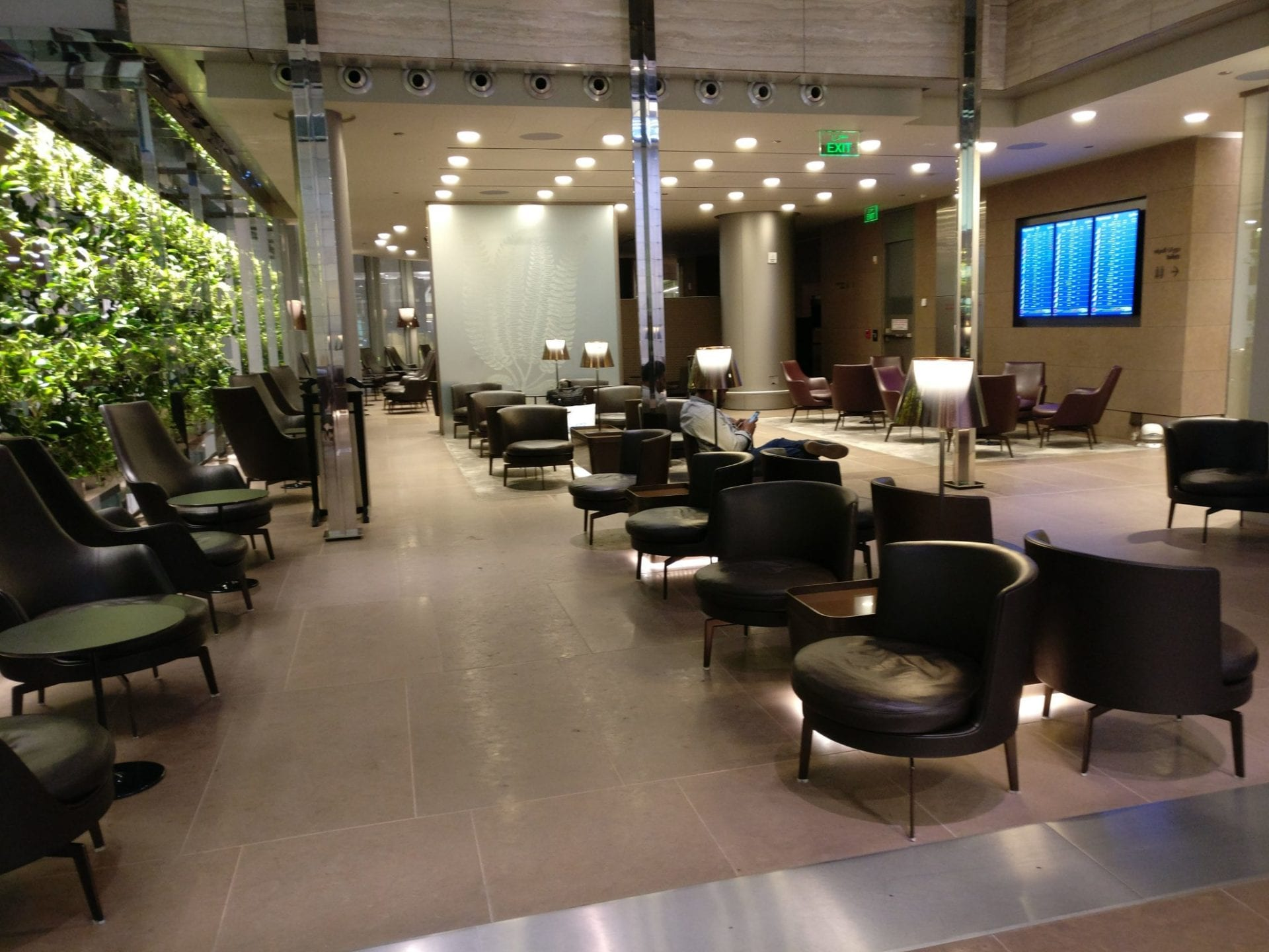 First Class Lounge Doha Seating 7