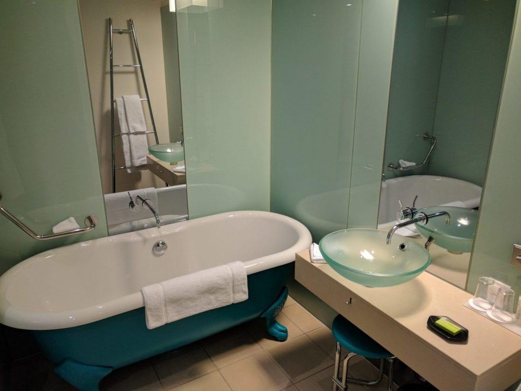 Le Meridien Hamburg Badezimmer