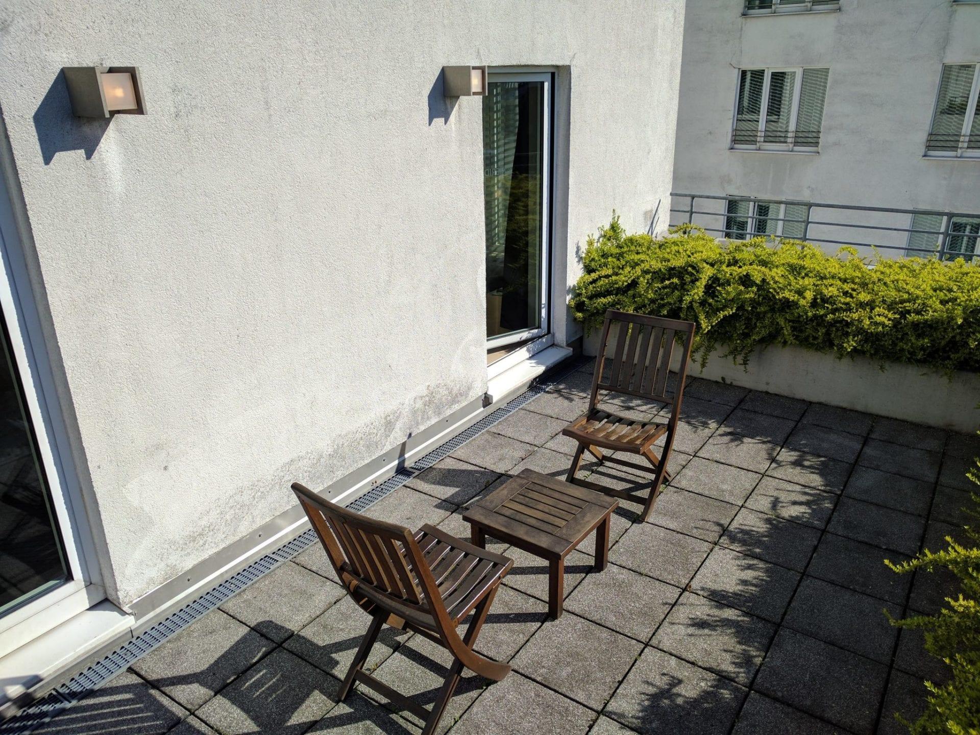 le meridien hamburg terrasse. Black Bedroom Furniture Sets. Home Design Ideas