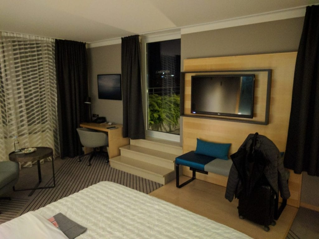 Le Meridien Hamburg Zimmer