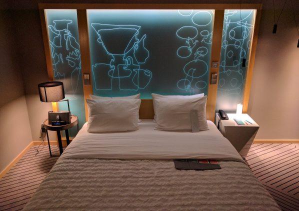 review le meridien hamburg das hotel im reisetopia test. Black Bedroom Furniture Sets. Home Design Ideas