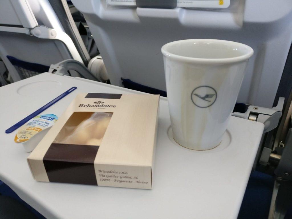 Lufthansa Business Class Mittelstrecke Kaffee